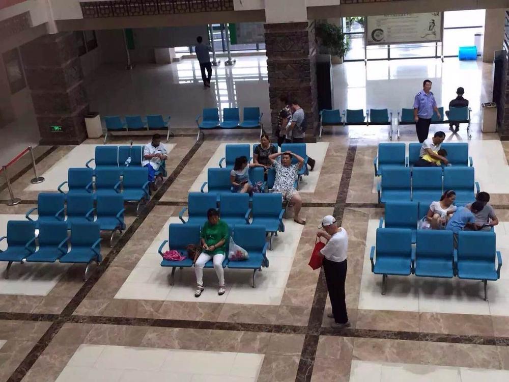 医院等候椅LC089.jpg